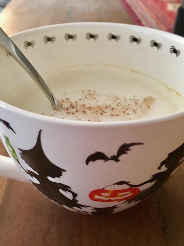 Homemade-pumpkin-spice-latte